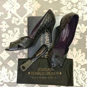 Donald J. Pliner Shoes - Donald Pliner Black Zara Gator Peep Toe Pump 7.5